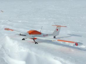 無人観測航空機,南極で初の高度 10km からの自動帰還に成功