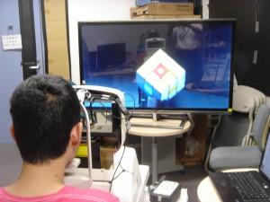 写真01_3D裸眼輻輳角・水晶体調節同時計測装置