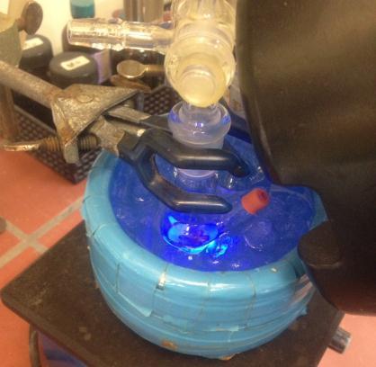京大,光を当てることで生じる有機硫黄ラジカルを有機合成の触媒にすることに成功