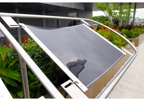 ソーラーフロンティア,曲がるCIS薄膜太陽電池を試作
