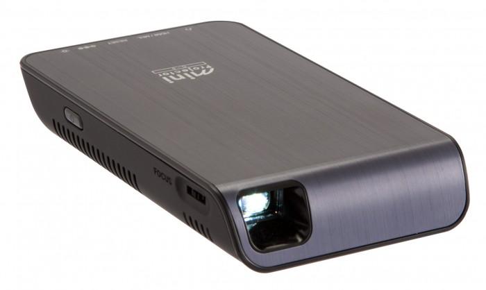 キヤノンMJ,LED光源を採用したポケットサイズのプロジェクタを発売