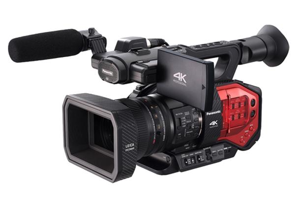 パナソニック,世界初4/3型センサ4Kカメラレコーダ発売