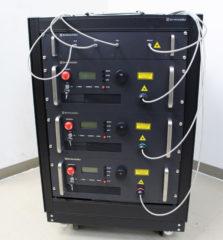 高輝度タイプRGBレーザー光源装置の外観