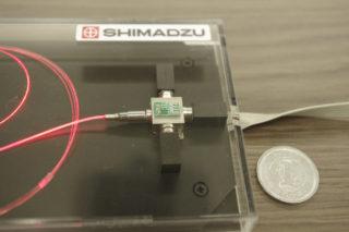 超小型レーザー光源モジュール