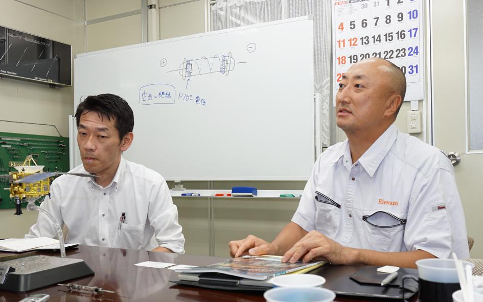 技術的な話は技術責任者の西森憲一氏(左)に対応していただいた
