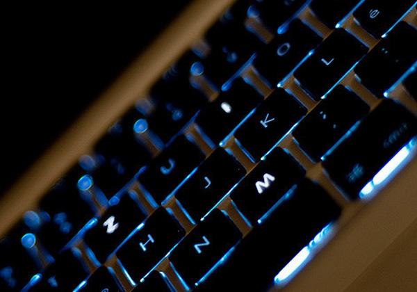 東芝とBT,量子暗号通信技術を顧客向けに展示