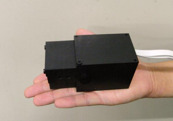 早大ら,手のひらサイズコンプトンカメラを開発