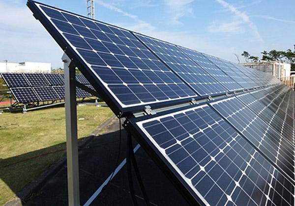 NEDO,熱電ハイブリッド太陽電池を実証試験