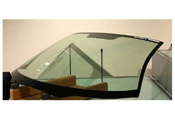 日板,米のHUD向けフロントガラス工場に投資
