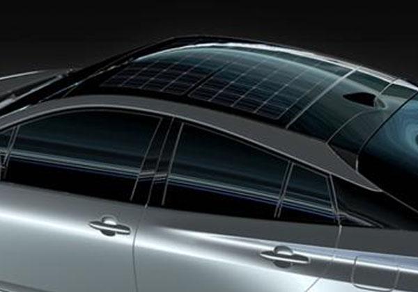 パナの太陽電池,ハイブリッドカーに採用