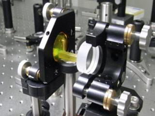 光パラメトリック発振器