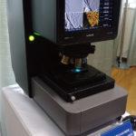 非結像系により,強度/位相/偏光/反射情報の同時観察を可能にしたアストロデザインの超解像透過型レーザー走査顕微鏡の画像
