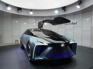 東京モータショーに見る自動車照明の未来
